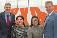 "- NürnbergMesse goes Bollywood: The CEOs, Dr. Roland Fleck (r) and Peter Ottmann, are delighted about the new event in the NürnbergMesse India portfolio with Managing Director Sonia Prashar (l) in charge. The ""Broadcast India Show"" had been organized by Kavita Meer since 1991."