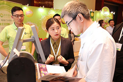 "- ""E-commerce 2.0"" is on of the major topics at this year's Fresh Produce Forum China."