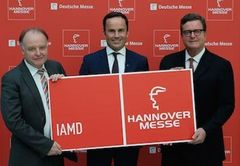 - Dr. Gunther Kegel (ZVEI), Dr. Jochen Köckler (Deutsche Messe) and Christian H. Kienzle (VDMA) announced the new IAMD