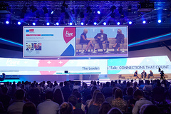 "- Die dmexco Conference 2017 hat das Motto ""Lightening the Age of Transformation""."