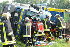 - The chances for rescue are much higher the faster a person can be freed from the vehicle.