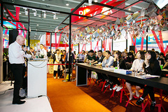 - Showcasing 1,396 exhibitors, CIFM / interzum guangzhou 2017 drew some 83,356 visitors, an increase of 13.7 per cent from last year.