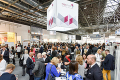 - For four days, the Düsseldorf exhibition centre was the site of the key industry event of the German pharmacy market, the expopharm.