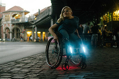 "- ""Made for my Wheelchair"": Do-It-Yourself-Beleuchtung für elektrische Rollstühle"