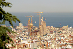 - Barcelona remains the mobile world capital.